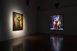 Bill Viola, The Greeting, 1995 - Pontormo, La Visitazione, 1528-29 circa